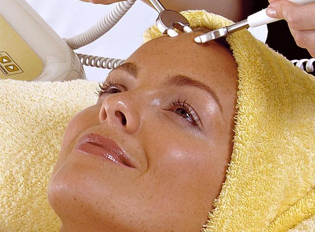 как нормализовать работу сальных желез на лице